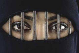 Tres años de cárcel a un egipcio por criticar al islam en Facebook