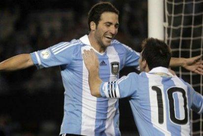 El País ensalza el renacer de Messi con Argentina por delante del hat-trick de Higuaín