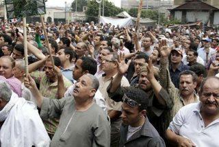 Dimite el ministro de Finanzas por la matanza de los coptos