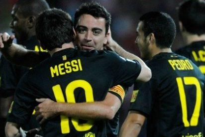 Xavi desatasca a un flojo Barça (0-1) el día en que el árbitro negó el saludo a un entrenador
