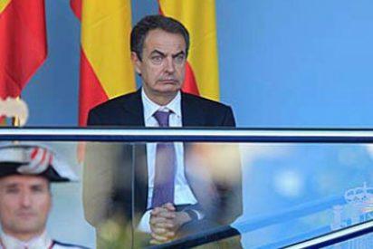 Zapatero convierte la fiesta nacional de todos en un rito vergonzante