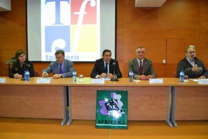 El presidente de la Diputación reitera el apoyo de la Institución al sector ganadero