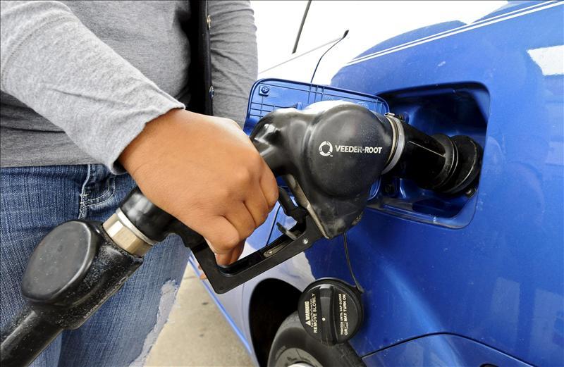 Llenar el depósito con gasóleo cuesta 22 euros más que en 2009
