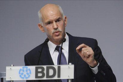 El colosal error de Papandreu pone a la UE al borde del abismo