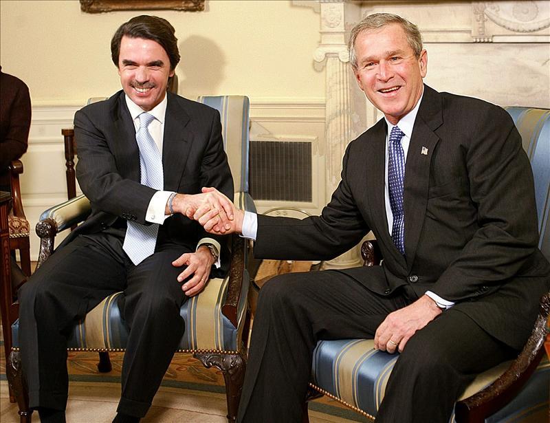 "Aznar y Bush coinciden en que se mantenga ""firmeza"" frente al régimen cubano"