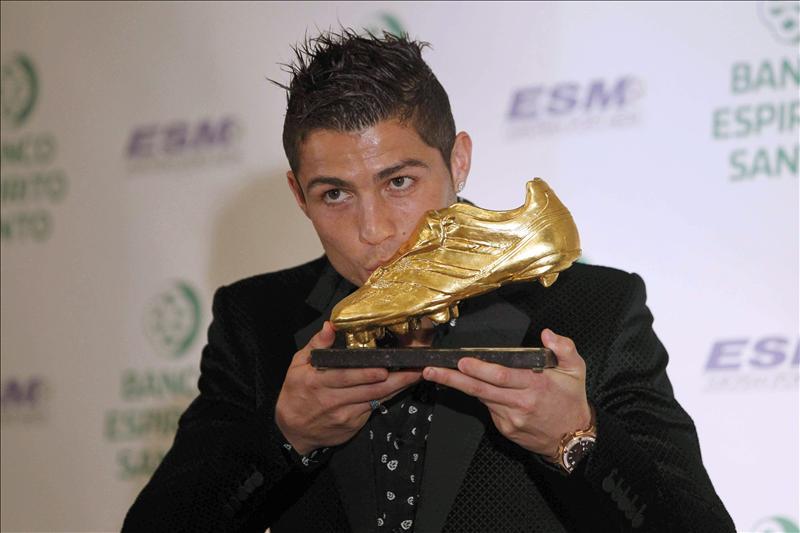 """Cristiano gana su segunda Bota de Oro y afirma que comparte su """"alegría con todos"""""""