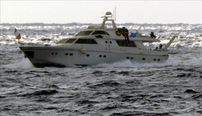 Israel aborda dos navíos que se dirigían a Gaza para romper el bloqueo
