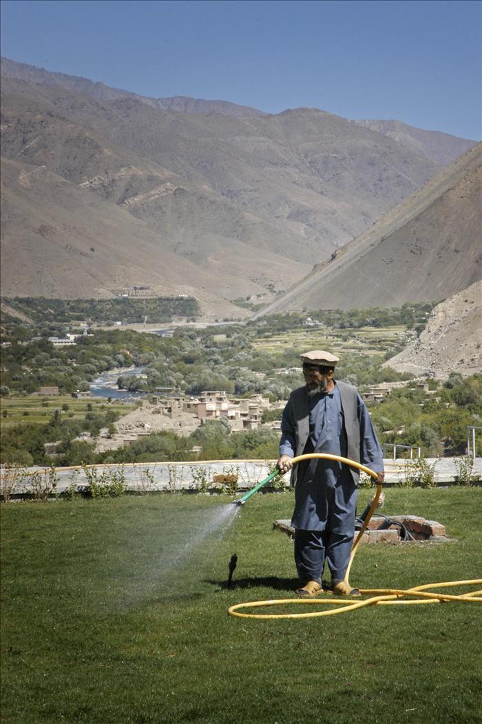 El comandante Masud, guerrillero y jardinero