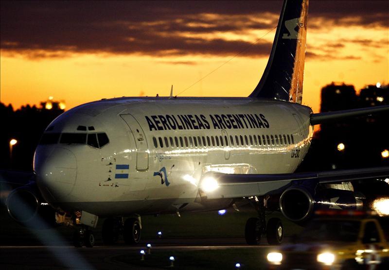 El Estado argentino estudia controlar el 20% de Aerolíneas Argentinas