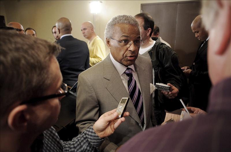 El sindicato de jugadores de la NBA rechaza la oferta de los dueños y pedirá su disolución