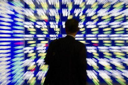 El Nikkei baja 78,77 puntos, un 0,92 por ciento, hasta 8.463,16 enteros