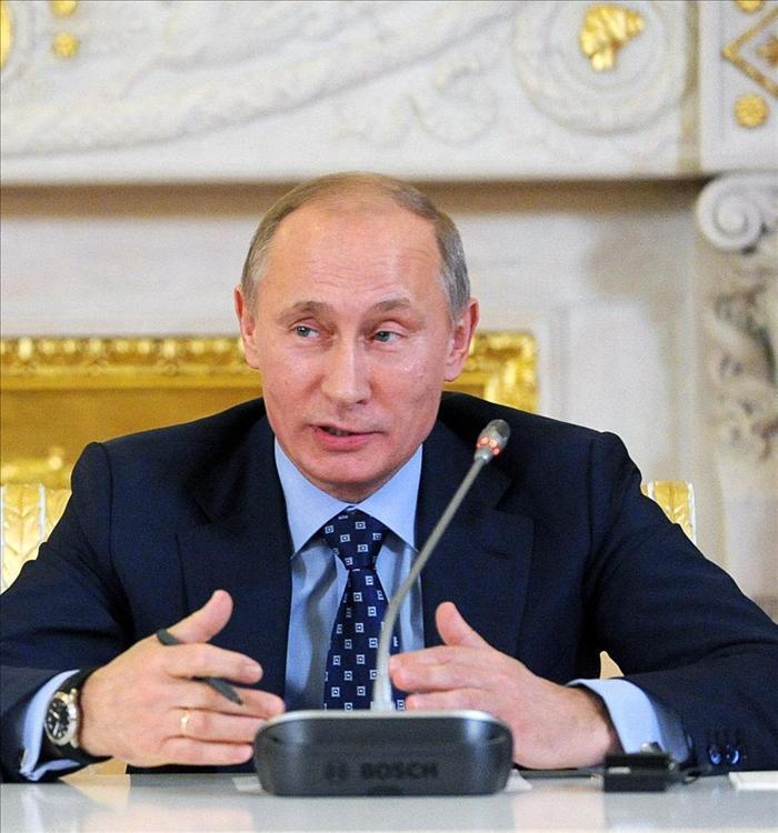 Putin, elegido por unanimidad candidato a la presidencia de Rusia