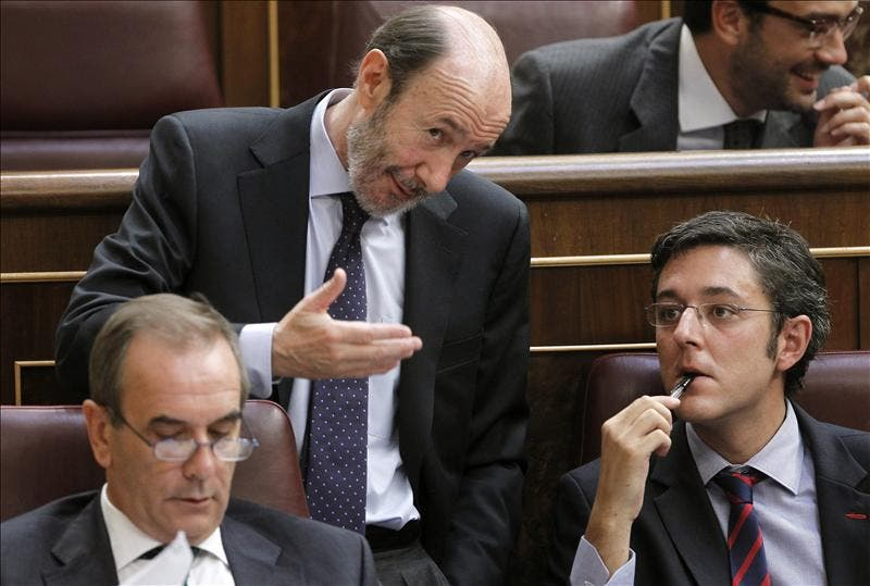 El PSOE designa hoy las direcciones de sus grupos en el Congreso y el Senado