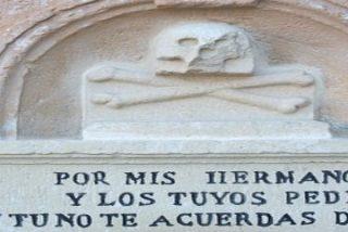 Todos los Santos, los Muertos todos
