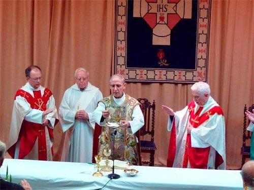 Adolfo Nicolas se reúne con el claustro de la Facultad de Teología