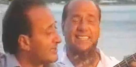 """Silvio Berlusconi canta al """"verdadero amor"""" en su cuarto disco"""