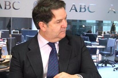 """El director de """"ABC"""" asegura que """"sobramos la mitad de los periodistas"""""""