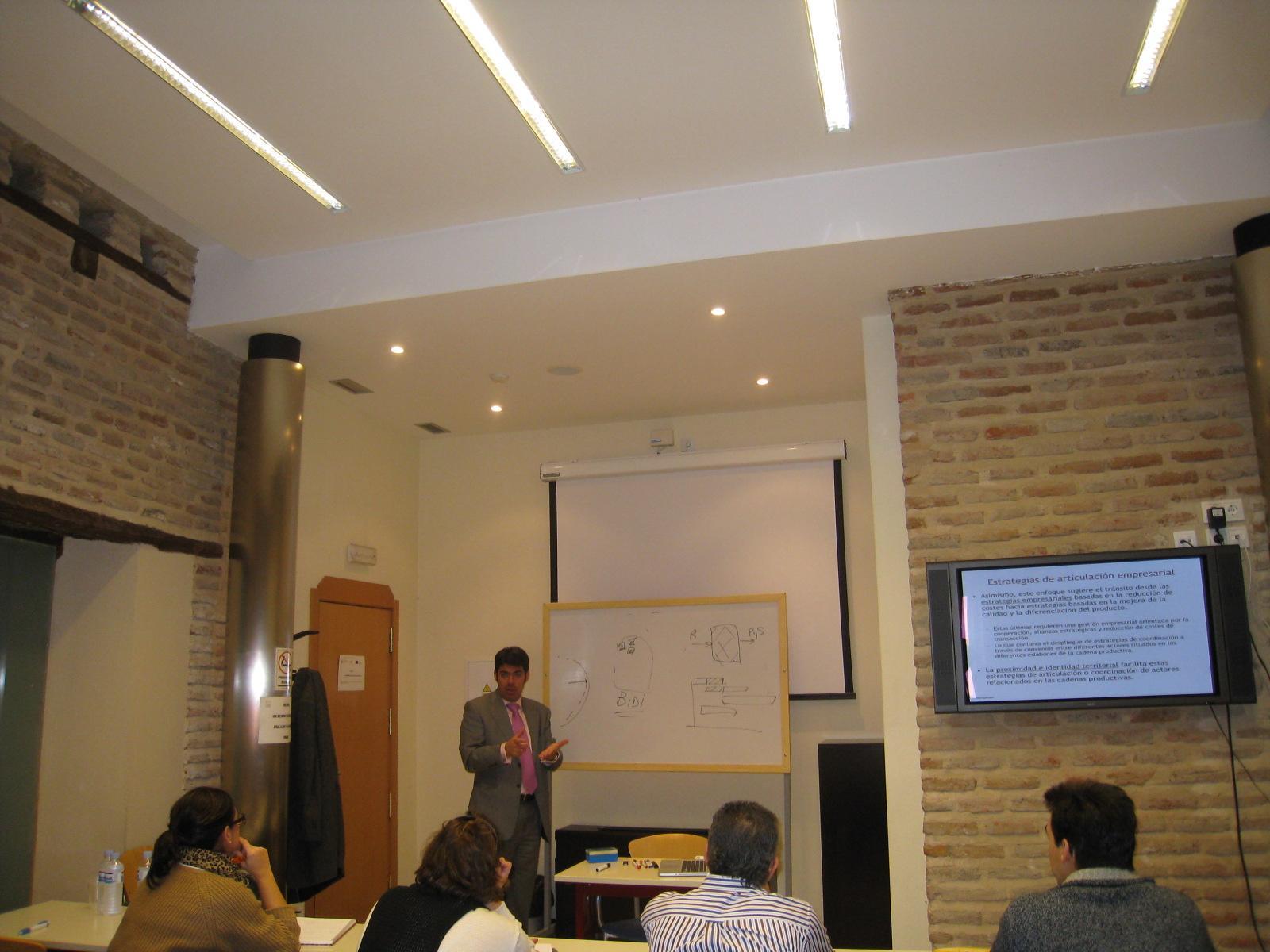 El CEEI de Talavera imparte un taller dedicado a la cooperación para crecer