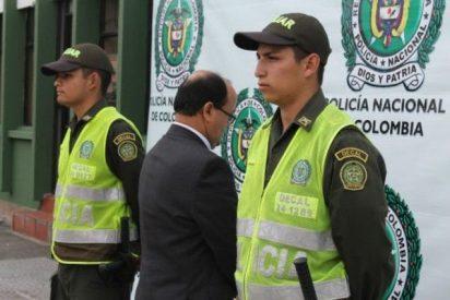 Detienen a un sacerdote por presuntos nexos con las FARC en Colombia