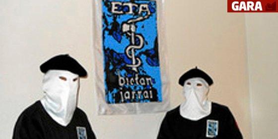 ETA se quita la máscara: paz a cambio de presos y de la marcha de Policía y Guardia Civil