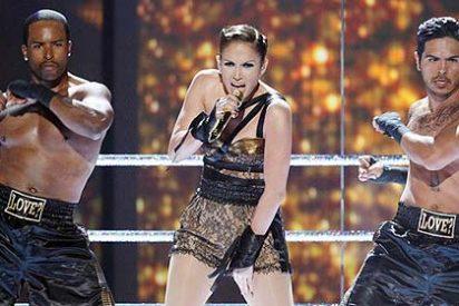 Jennifer Lopez le copia descaradamente el look a Britney Spears