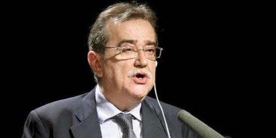 El Colegio de Periodistas de Cataluña envía el pésame a Lorenzo Gomis, fallecido hace más de cinco años, por la reciente muerte de su mujer