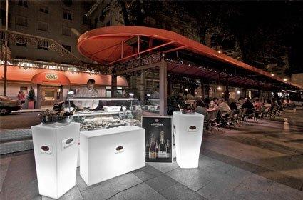 Trasládate a París la Nuit en el Bulevar Juan Bravo 25
