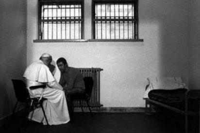 Benedicto XVI visitará por primera vez a los presos de una cárcel