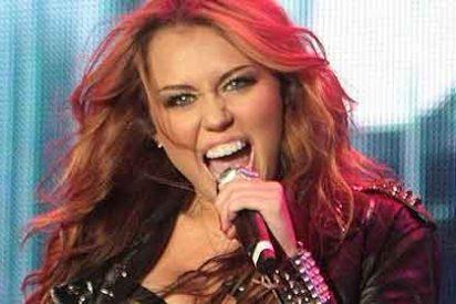 Miley Cyrus dice que no esta gorda sino orgullosa de sus 'curvas de mujer'