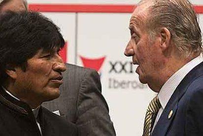 """Evo Morales critica que Latinoamérica """"rinda cuentas cada año al Rey"""""""