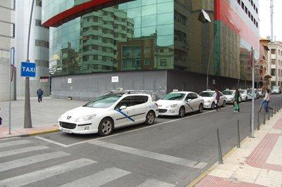 Los taxistas de Talavera no subieran las tarifas en 2012