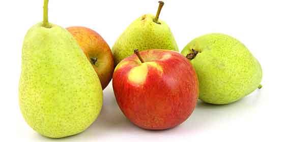 Las peras y manzanas protegen de derrames y embolias