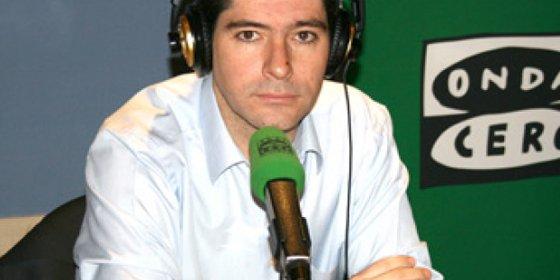 """Francisco Reyero, autor de 'Wiskilis': """"Si a un político le quitas el teleprompter ya no sabe que decir, son bustos parlantes"""""""