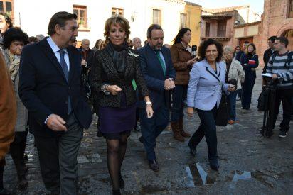 La campaña electoral trae a Talavera a Esperanza Aguire