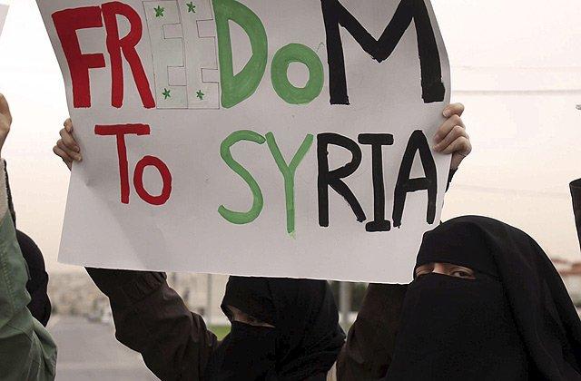 La Liga Árabe sanciona a Siria por la violencia militar contra el pueblo