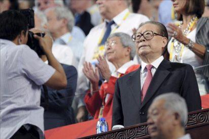 """Una televisión de Hong Kong, multada por """"matar"""" al ex presidente chino"""