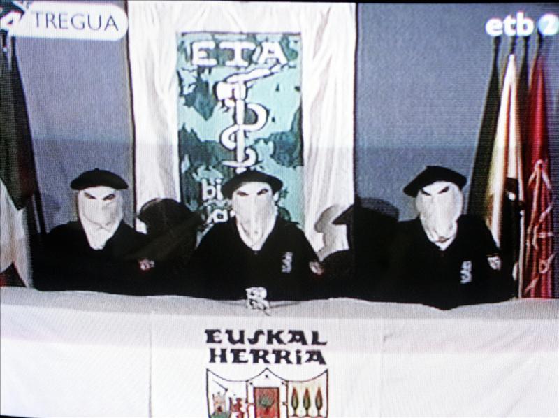 Cuatrocientos asesinos de ETA exigen la libertad para 616 criminales