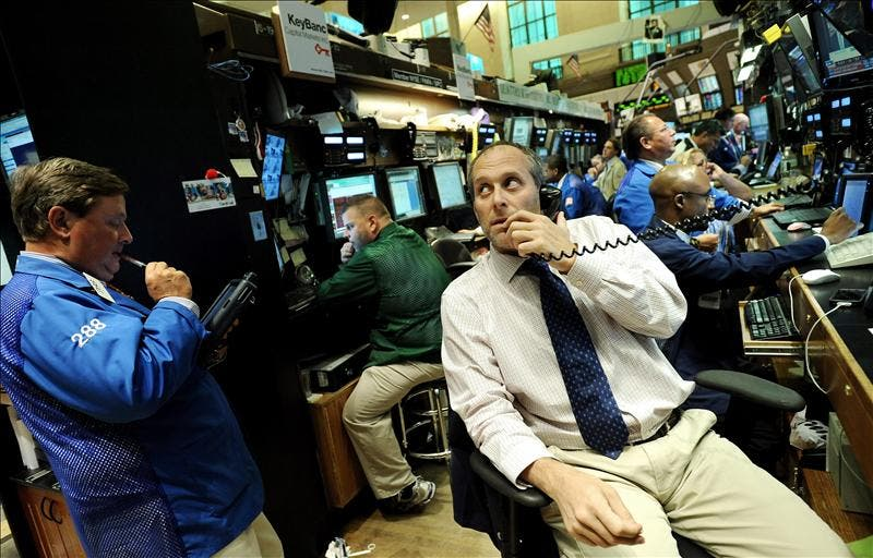 Wall Street cierra con una subida del 4,24 por ciento y reconquista los 12.000 puntos