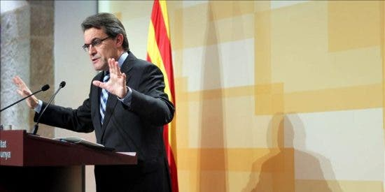 La Generalitat sigue sin desvelar en cuánto rebajará la plantilla de interinos