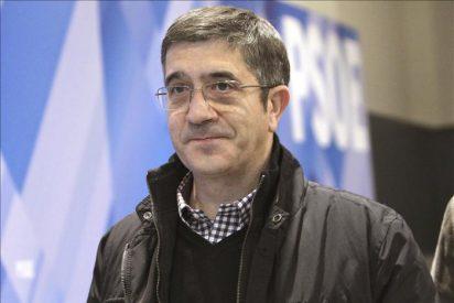 El lehendakari acusa a Sanz de intentar que las mujeres no aborten en La Rioja