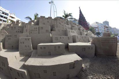 La Playa de Las Canteras exhibe desde hoy el VI Belén de Arena de Las Palmas