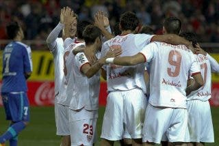 3-0. El Sevilla se aferra a Europa y deja al Getafe al filo de zona descenso