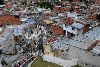Medellín tiene las primeras escaleras eléctricas del mundo para movilidad urbana