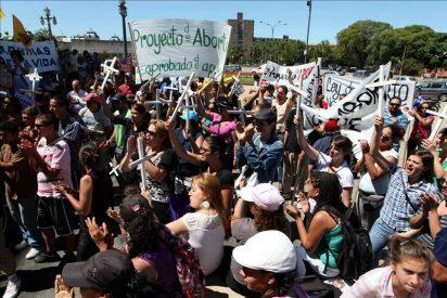 El aborto será legal en Uruguay durante las primeras doce semanas de gestación