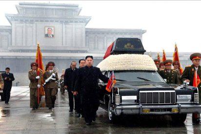 Pyongyang cierra con tres minutos de silencio los actos funerarios por Kim Jong-il
