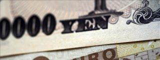 El euro cae a su nivel mínimo frente al yen en casi 10 años y medio