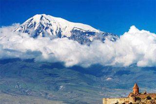 Hallan supuestos restos del Arca de Noé en un glaciar de Turquía