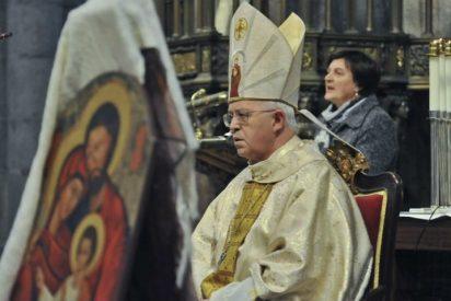 Monseñor barrio preside la fiesta de las familias en Compostela