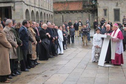 Julián Barrio agradece la nueva estatua de Juan Pablo II