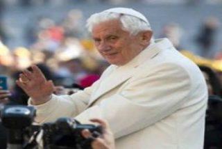 """""""Benedicto XVI no es pesimista ni está cansado"""""""